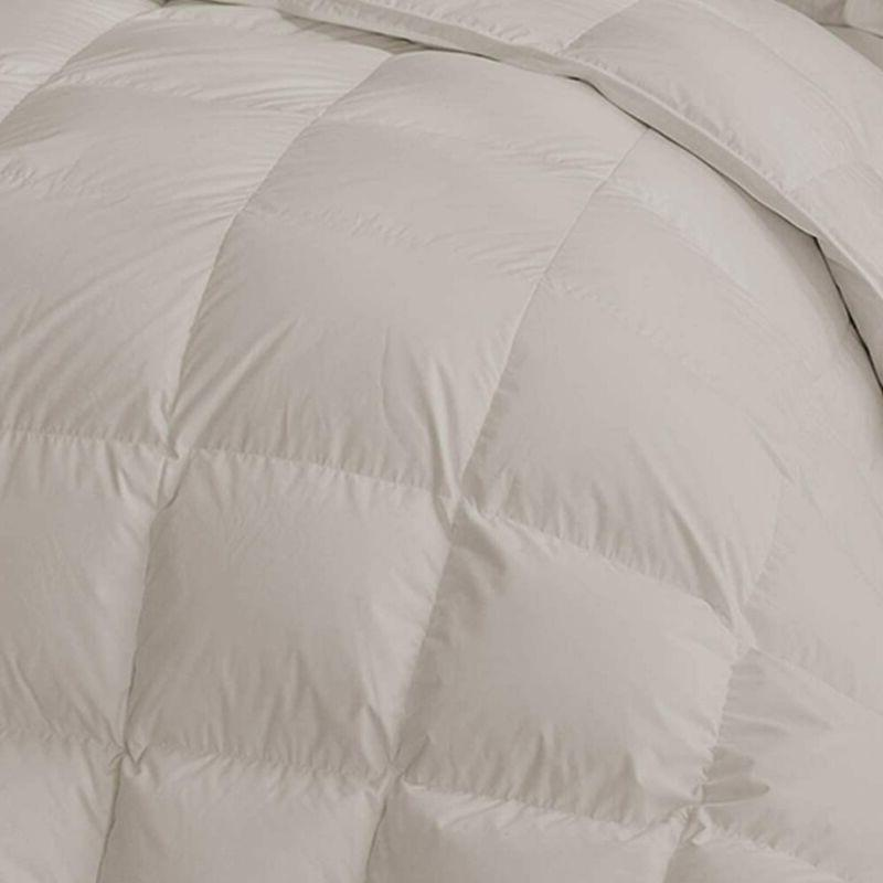 Maple Size Alternative Comforter Quilted